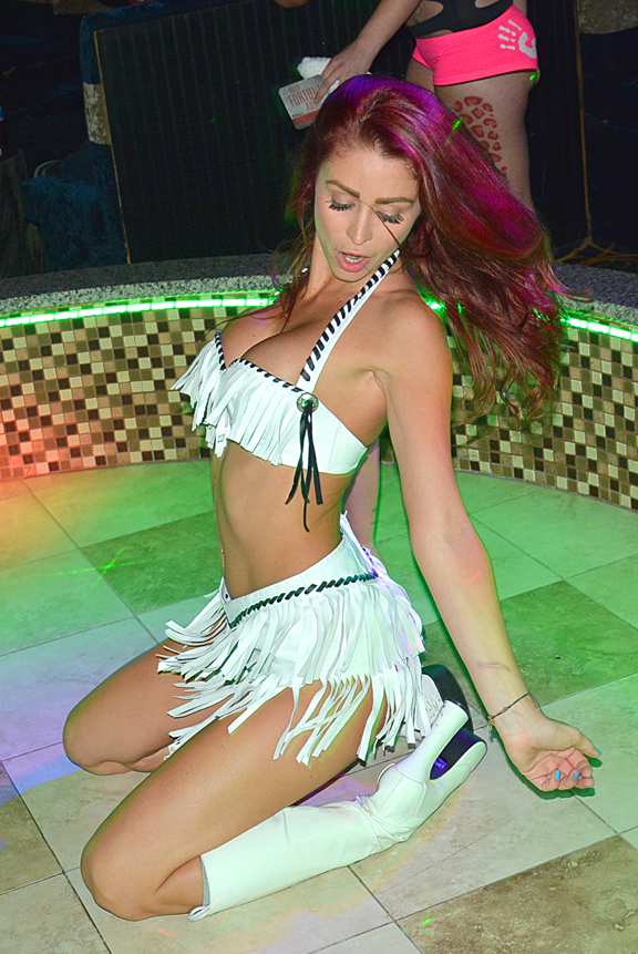 Monique Alexander @ Players Club May (16)